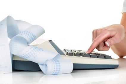 68532154f Již téměř rok platí nové nařízení k platbě DPH při dodávání zboží  zahraničním dodavatelem, který není registrován k české DPH.